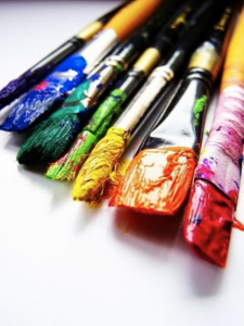 paint brushes, crafts, courses